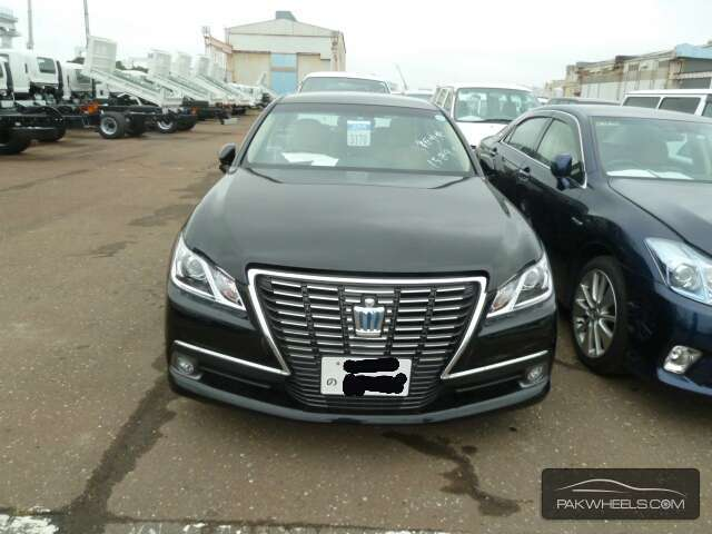 Toyota Crown Royal Saloon 2013 for sale in Lahore | PakWheels