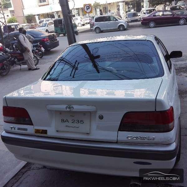 Toyota Carina 1997 Image-4
