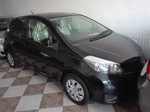 Used Toyota Vitz 2012