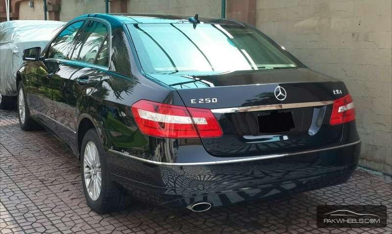 Mercedes Benz E Class E250 2011 Image-2