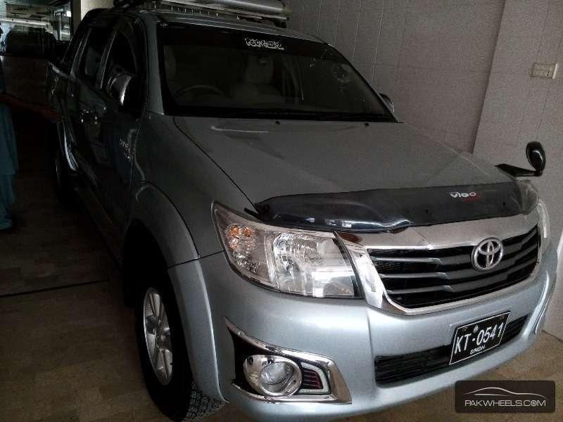 Toyota Hilux Vigo Champ G 2013 Image-3