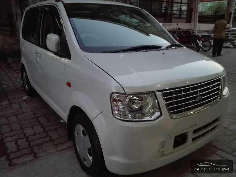 Mitsubishi Ek Wagon Limited 2011 Image-1
