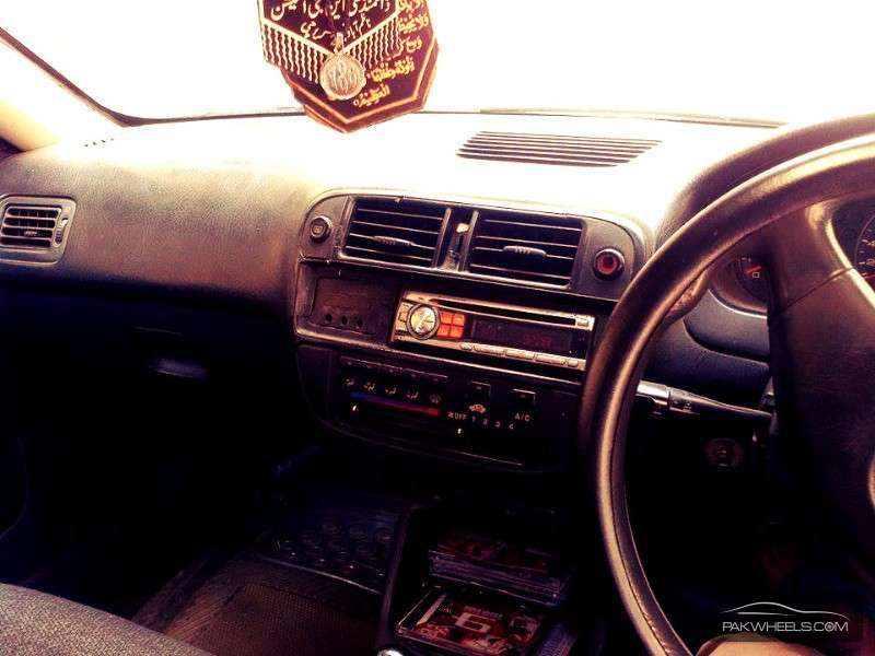 Honda Civic EXi 1998 Image-5
