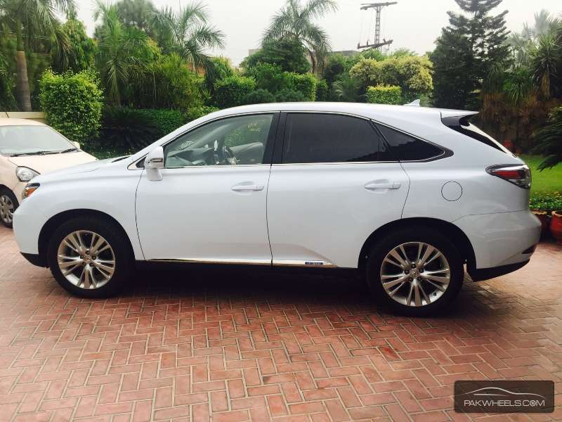 used lexus rx series 450h 2010 car for sale in lahore pakwheels. Black Bedroom Furniture Sets. Home Design Ideas