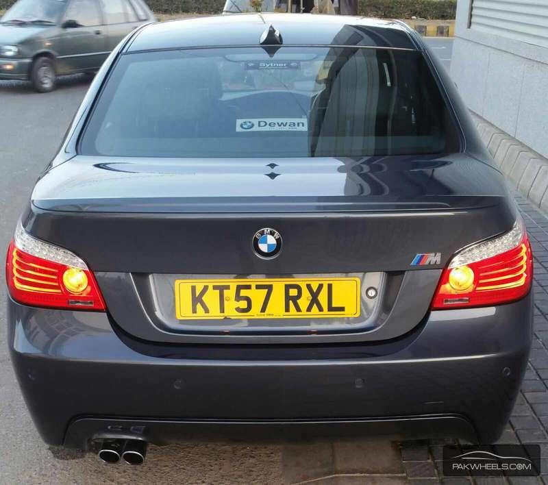 BMW M Series M5 Sedan 2008 Image-8