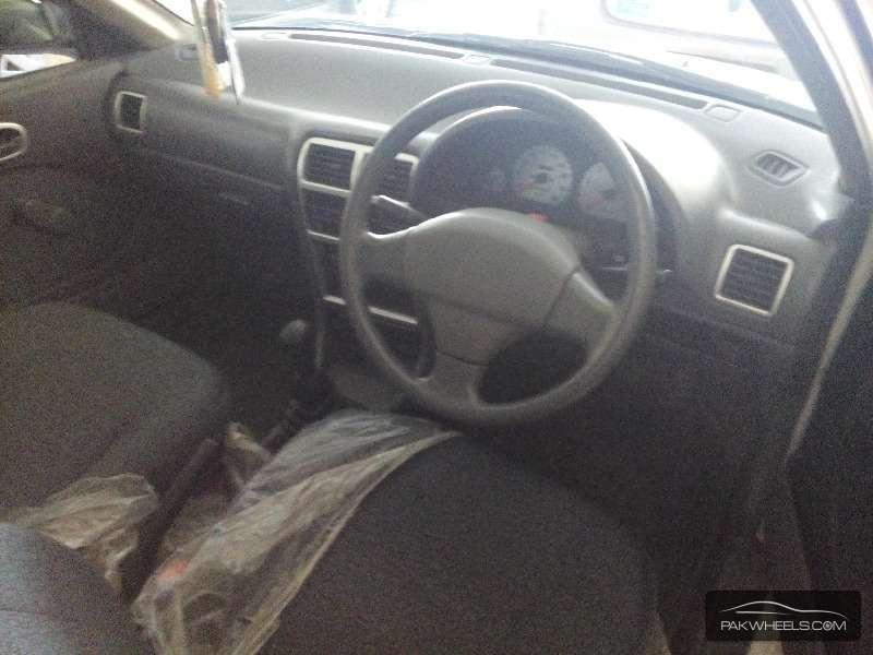 Suzuki Cultus VXRi 2012 Image-3