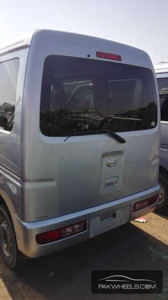 Daihatsu Hijet 2011 Image-6