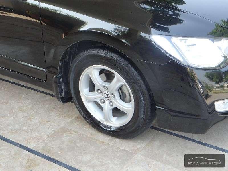 Honda Civic VTi Oriel Prosmatec 1.8 i-VTEC 2012 Image-6