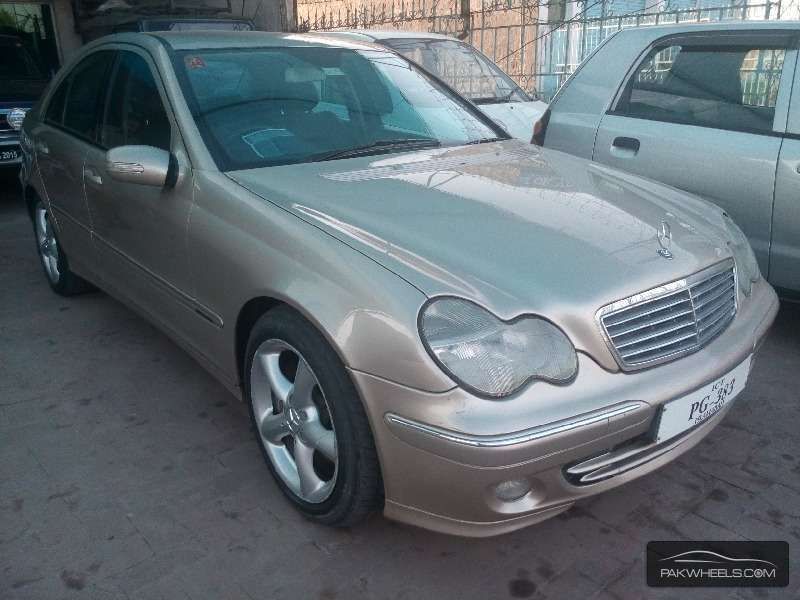 mercedes benz c class c270 cdi 2006 for sale in gujranwala pakwheels. Black Bedroom Furniture Sets. Home Design Ideas