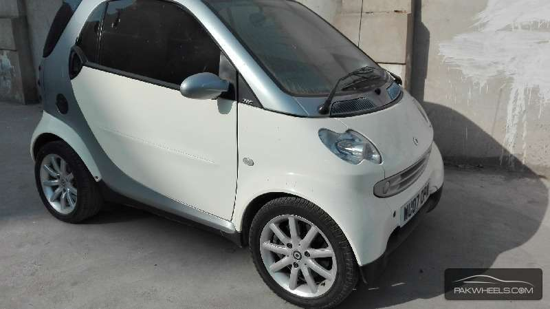 smart smart fortwo 2007 for sale in karachi pakwheels. Black Bedroom Furniture Sets. Home Design Ideas