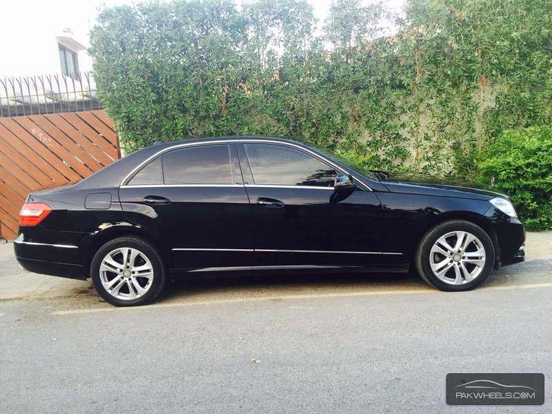 mercedes benz e class e200 2012 for sale in karachi. Black Bedroom Furniture Sets. Home Design Ideas