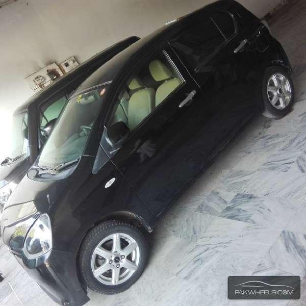Toyota Pixis 2012 Image-2
