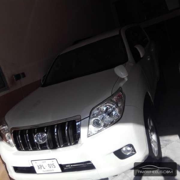 Toyota Prado TX 3.0D 2010 Image-1