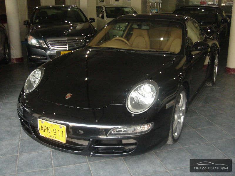 Porsche 911 Carrera 2005 Image-2