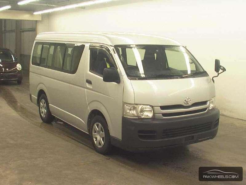 Toyota Hiace DX 2010 Image-1