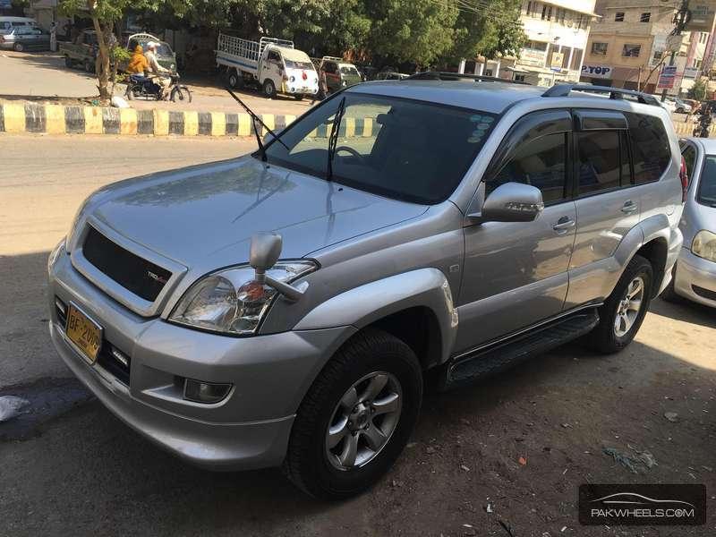 Toyota Prado 4.0 GX 2005 Image-2