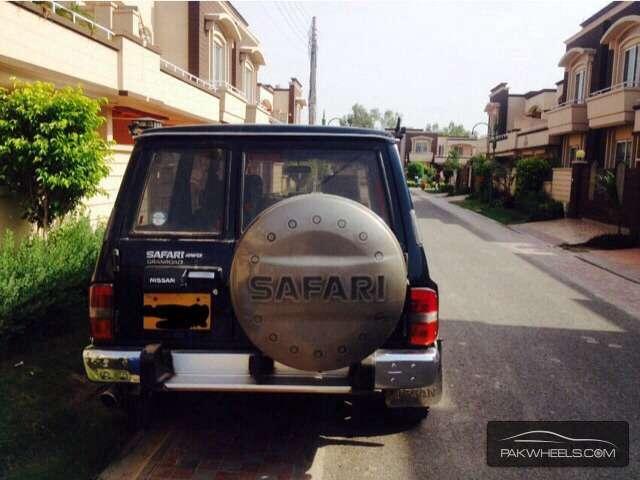 Nissan Safari 1992 Image-1
