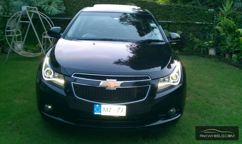 chevrolet cruze 2010 for sale in islamabad pakwheels. Black Bedroom Furniture Sets. Home Design Ideas