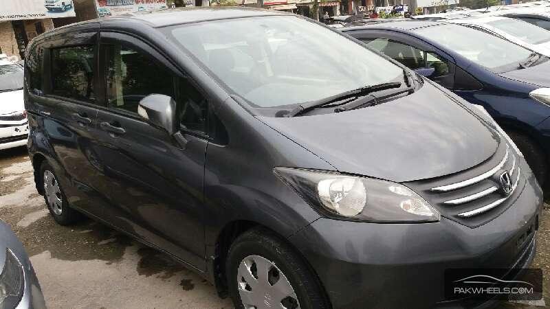 Honda Freed 2010 Image-1