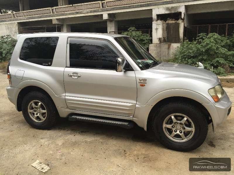 Mitsubishi Pajero GLS 3.5 2002 for sale in Islamabad | PakWheels