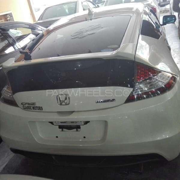 Honda CR-Z Sports Hybrid 2011 Image-3