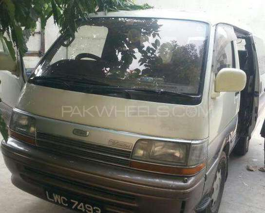 Toyota Hiace High-Roof 3.0 2006 Image-1