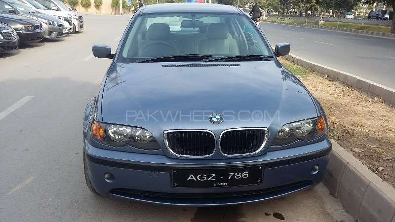 BMW 3 Series 316i 2004 Image-1