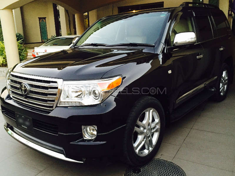 toyota land cruiser zx 2010 for sale in lahore pakwheels. Black Bedroom Furniture Sets. Home Design Ideas