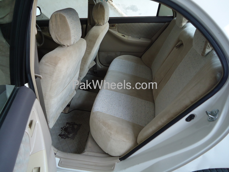 Toyota Corolla GLi 1.3 VVTi 2005 Image-6