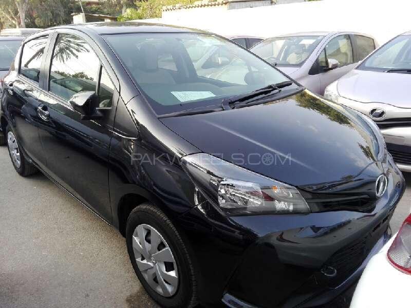 Toyota Vitz FL 1.0 2014 Image-1