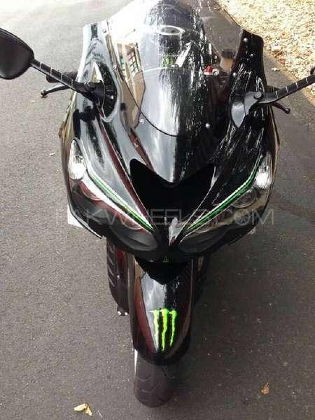 Kawasaki Ninja ZX 14 Monster Energy 2015