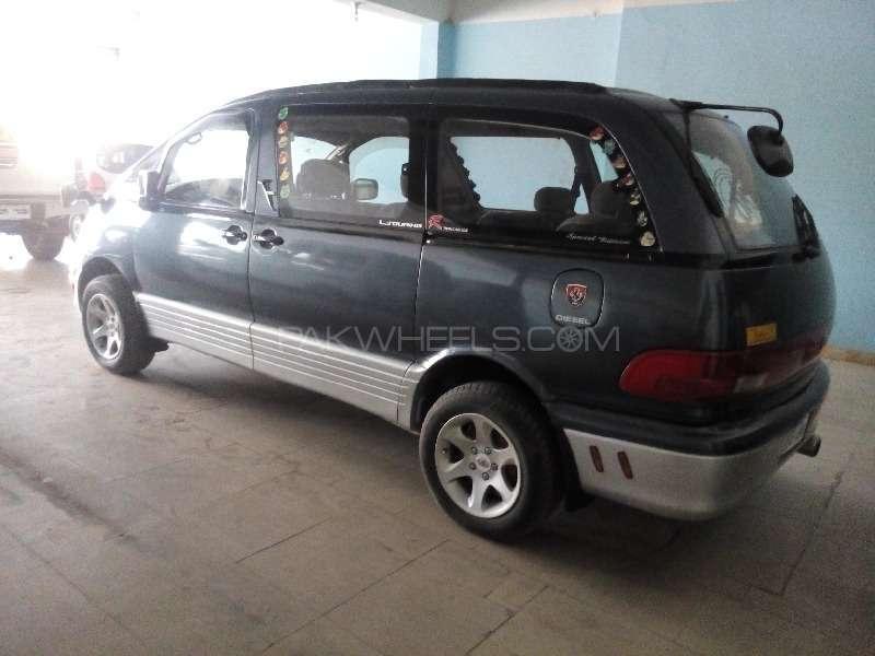 Toyota Estima 1994 Image-3