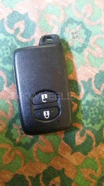 Toyota aqua 2012 remote control key For Sale Image-1