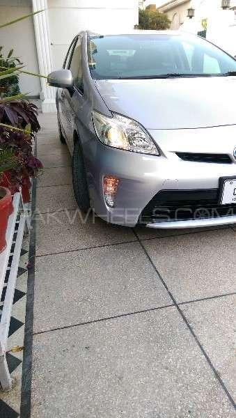 Toyota Prius L 1.8 2012 Image-20