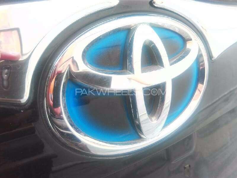 Toyota Prius G Touring Selection 1.8 2011 Image-5