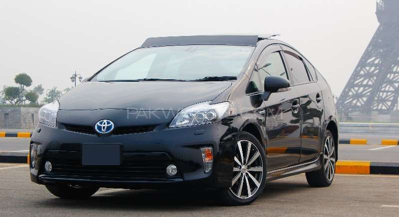 Toyota Prius G Touring Selection Leather Package 1.8 2012 Image-2