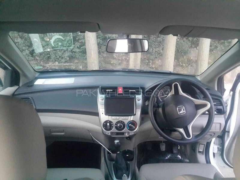 Honda City Aspire 1.5 i-VTEC 2015 Image-5