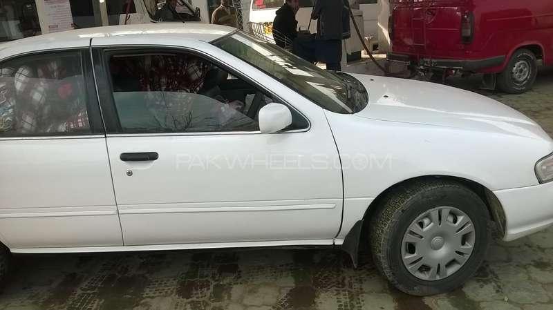 Nissan Sunny 1998 Image-2