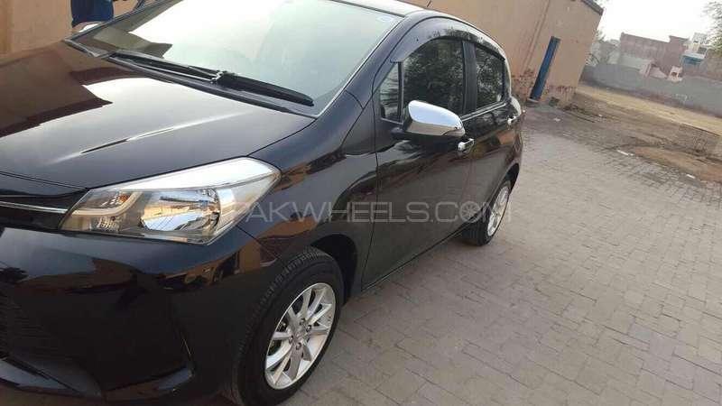 Toyota Vitz Jewela 1.0 2014 Image-3