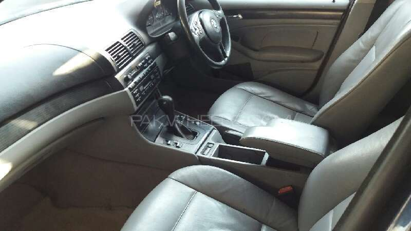 BMW 3 Series 316i 2002 Image-6