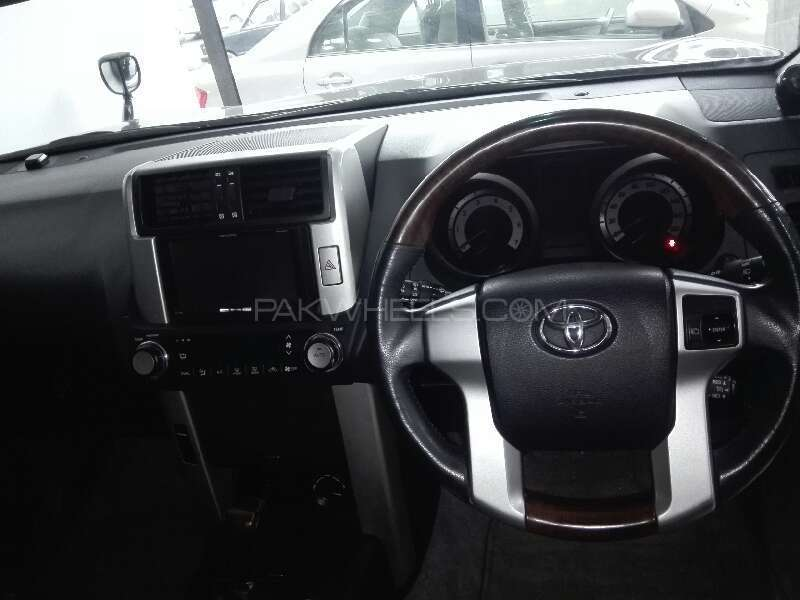 Toyota Prado TX 2.7 2010 Image-6