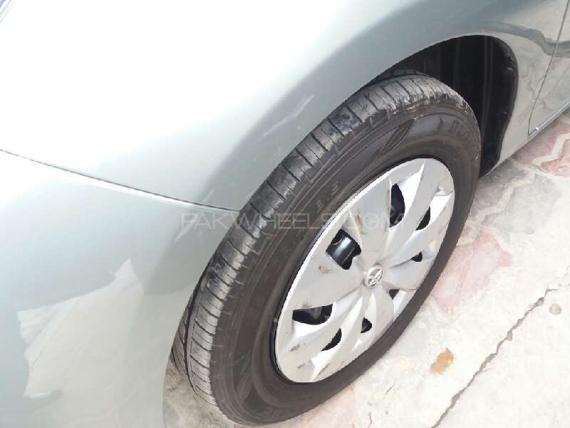 Toyota Vitz 2012 Image-14