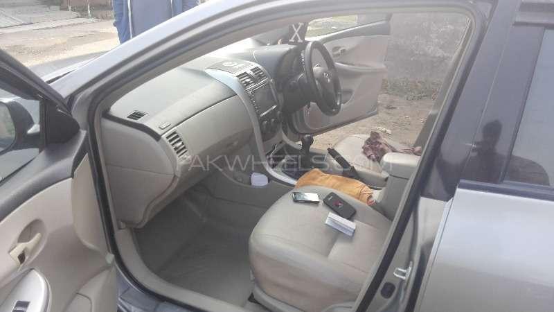 Toyota Corolla GLi 1.3 VVTi 2012 Image-3