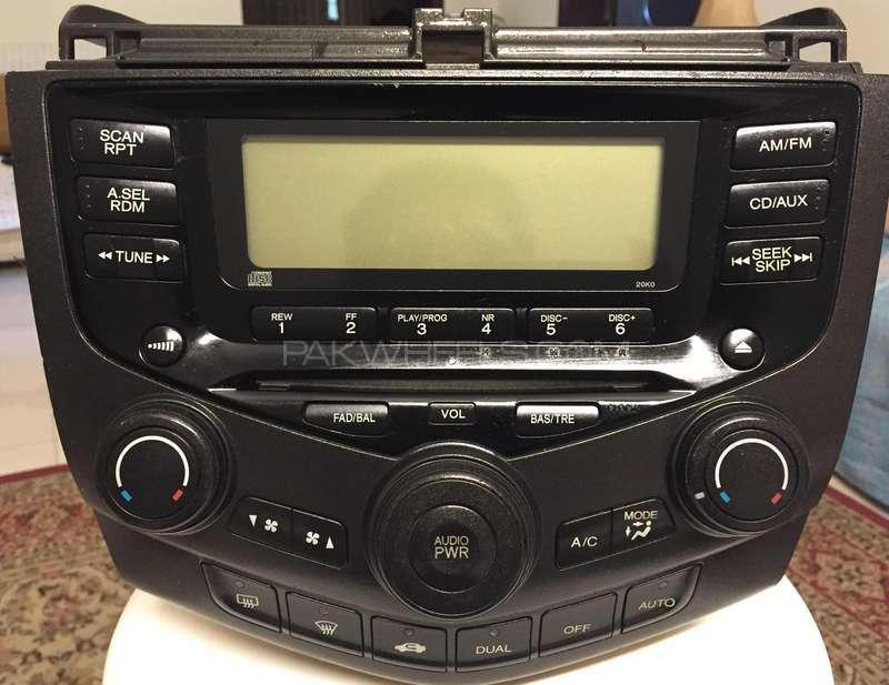 Honda Accord dashboard panel Image-1
