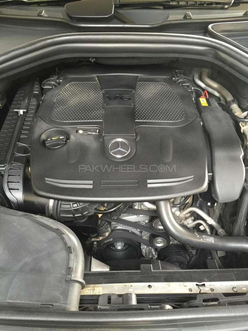 Mercedes Benz M Class ML 350 4MATIC 2012 Image-7