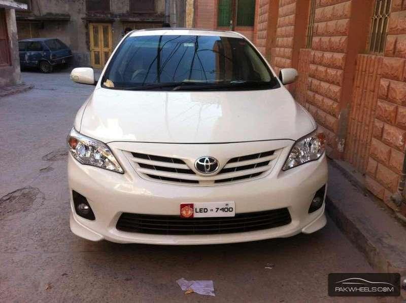 Toyota Corolla - 2013 Corolla Alris TRD sportivo Image-1