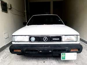 Nissan Sunny - 1988