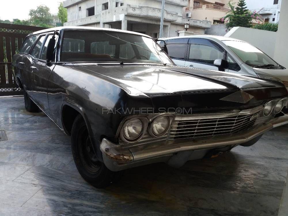 Chevrolet Impala - 1965  Image-1