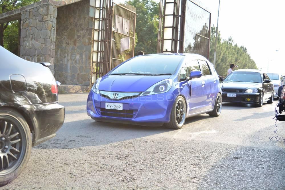Honda Fit - 2011  Image-1