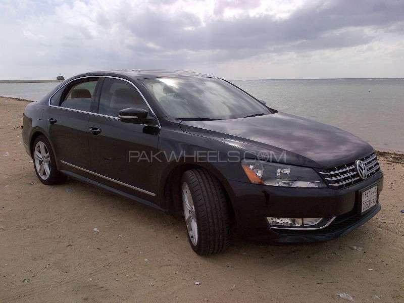Volkswagen Passat - 2014  Image-1